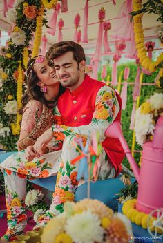 Mehandi and Haldi are two main events to celebrate and have fun with lifetime me. Wedding Couple Poses Photography, Indian Wedding Photography, Wedding Poses, Wedding Shoot, Wedding Couples, Cute Couples, Photography Ideas, Wedding Group Photos, Wedding Pictures