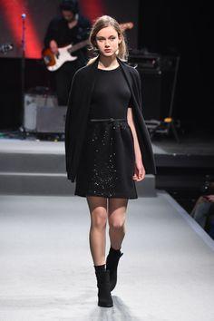 アニエスベー 2015-16年秋冬コレクション - アーティな服はマニッシュにまとうの写真68