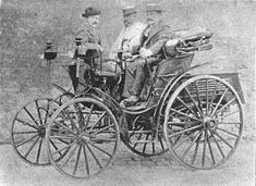 autos4447.jpg (20481 bytes)   1895 Roger Petroleum Wagon