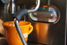 9 бар. :)  #espresso #coffee #tusso #lacimbali #эспрессо #кофе #Kharkov #Харьков