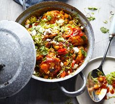 The Body Coach's Chicken tagine with spiced Brussels & feta Joe Wicks' Chicken tagine with spiced Brussels & feta is a new take on classic Christmas flavours and it's super healthy and really easy too. Bbc Good Food Recipes, Dinner Recipes, Cooking Recipes, Healthy Recipes, Easy Recipes, Joe Wicks Recipes, Tagine Recipes, Sprout Recipes, World Recipes