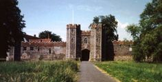 Wingfield Castle built 1300