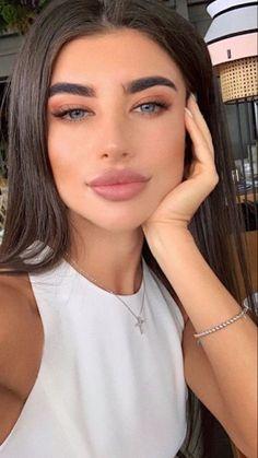 Glowy Makeup, Natural Eye Makeup, Beauty Makeup, Hair Makeup, Hair Beauty, Pretty Nose, Elegant Makeup, Makeup Looks Tutorial, Simple Makeup Looks