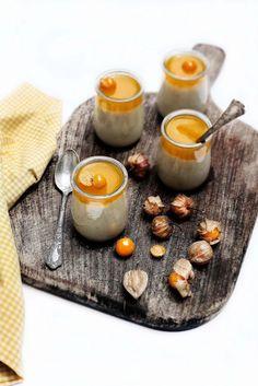 Pratos e Travessas: Panna cota de baunilha com puré de physalis # Vanilla panna cota with cape goosberries purée | Recipes, photography and stories
