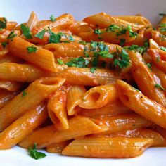 Penne alla vodka (penne in a tomato vodka sauce).