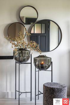 Home Living Room, Living Room Decor, Deco Studio, Ideas Hogar, Minimalist Home, Entryway Decor, Home Interior Design, Interior Inspiration, Home Accessories