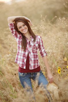 Senior pics! Love this without all that makeup on her eyes