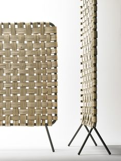 Woven chestnut wood reminiscent of baskets