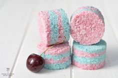 The Natural Beauty Workshop: Layered Cherry Bath Bombs