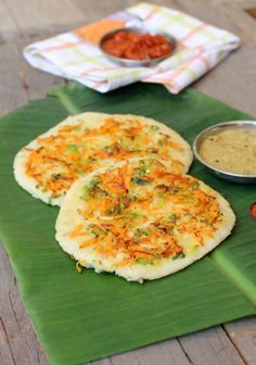 Learn how to make Oats Uthappam, Indian style recipe similar to a savory pancake. A healthy breakfast recipe with oats in it as well as vegetables for kids.