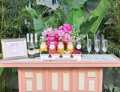 Pink bridal shower drinks mimosa bar 64 Ideas for 2019 Bridal Shower Punch, Bridal Shower Drinks, Unique Bridal Shower, Bridal Shower Decorations, Bridal Showers, Shower Party, Baby Shower, Bar Mimosa, Bellini Bar