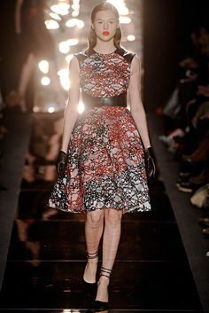 Monique Lhuillier | Fall 2012 Ready-to-Wear Collection | Vogue Runway