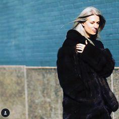"Lilly e Violetta on Instagram: ""@sarahharrisuk wearing @lillyevioletta silvery sable during #nyfw #2016 #sarahharris #lillyeviolettafurs #lillyevioletta #luxurylife #luxurylifestyle #livingluxuryeveryday #""badboy""sable"""