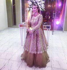 #MinahilHafeez in Omorose Pakistani couture