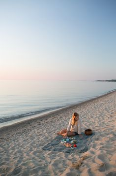 How to Create a Sunset Beach Dinner   The Fresh Exchange