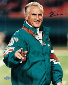 don shula, head coach Miami dolphins  inducted 1997
