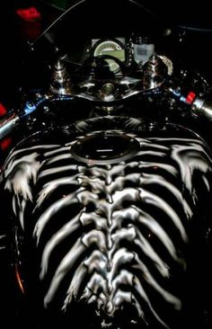 Wicked paint on motorcycle gas tanks…. Custom Paint Motorcycle, Custom Motorcycle Helmets, Motorcycle Tank, Motorcycle Style, Custom Helmets, Motorcycle Campers, Motorcycle Images, Custom Choppers, Custom Motorcycles