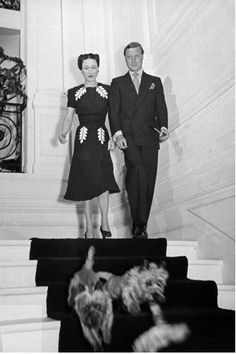 1939, The Duchess of Windsor (Wallis Simpson) in a pleated dress with leaf details