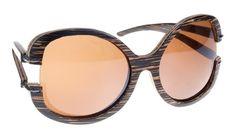 Gafas de sol en madera, filtro UV, Mujer, marca Maguaco S006. Maderas: Macana y Guadua. $180.000 COP