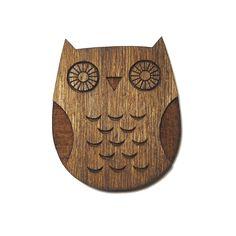 Anstecker - enna Eulen-Brosche aus Holz - ein Designerstück von enna bei DaWanda