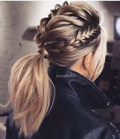 Braided Updo Hairstyles ❤️ Hair updos are really po… Updo braided hairstyles ❤️ Hair hair are very popular now and it's no wonder why. It does not matter if you are a student or a politician – there is always something for you! Valentine's Day Hairstyles, Braided Hairstyles Updo, Pretty Hairstyles, Wedding Hairstyles, Hairstyle Ideas, Braided Updo, Ponytail Updo, Twisted Ponytail, Updo Hairstyle