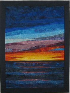 Custom Art Quilting Gallery - Art Quilts by Sharon - Crochet Quilling Ideas Ocean Quilt, Beach Quilt, Patchwork Quilt Patterns, Batik Quilts, Hexagon Quilt, Blog Art, Watercolor Quilt, History Of Quilting, Fiber Art Quilts