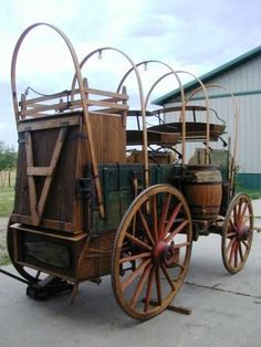 Custom Chuckwagon - Hansen Wheel & Wagon Shop