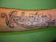 Tatuaje De Nombre En El Brazo Valentina Valen Pinterest