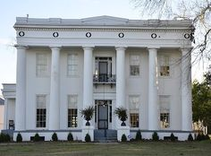 Plantation interiors photos stanton hall antebellum home Southern homes and gardens montgomery al