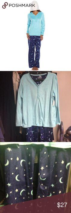 Soft PJ Set: Moon & Stars  NWT Soft 2-pc Pajama Set: Moon & Stars. XXL.  Turquoise/Aqua top w/ buttons on upper portion.  Navy Blue bottoms with moon & stars design. Croft & Barrow Intimates & Sleepwear Pajamas