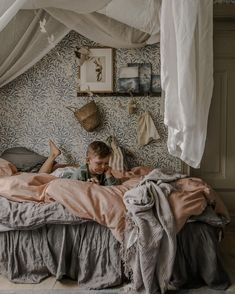 Scandinavian Kids Rooms, Newborn Room, Childrens Beds, Cozy Room, Nursery Design, Kid Spaces, Kid Beds, Interior And Exterior, Interior Ideas