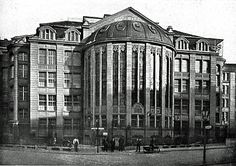 Berlin 1913 Warenhaus Tietz Erweiterungsbau am Koenigsgraben Berlin City, Upload Pictures, Classical Architecture, House Layouts, Old City, Historical Photos, Old Photos, Old Things, Europe