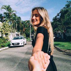 Полюбить человека, отвечающего тебе взаимностью, — это само по себе чудо.