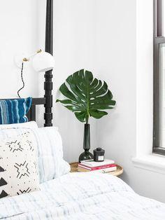 The Home Decor Guru – Interior Design For Bedrooms Interior Design Blogs, Interior Decorating, Decorating Tips, Home Decor Quotes, Pretty Bedroom, Home Decor Bedroom, Cheap Home Decor, Colorful Interiors, Modern Interiors