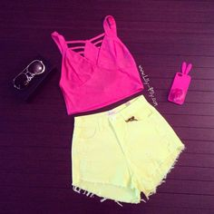 <3 the whole outfit! =)