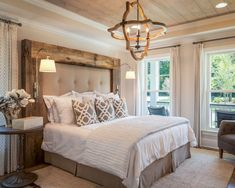 25 Best Farmhouse Master Bedroom Decor Ideas is part of Master bedrooms decor - A farmhouse style is common in living rooms and kitchen But what about farmhouse bedroom Well, just because it is not as common doesn't mean that it's not awesome Farmhouse Style Bedrooms, Farmhouse Master Bedroom, Farmhouse Decor, Farmhouse Design, Country Decor, Bedroom Rustic, Farmhouse Ideas, Country Farmhouse, Rustic Master Bedroom Design