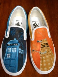 DOCTOR WHO SHOES!!!!!