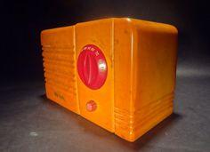 RCA Little Nipper Catalin Bakelite Radio