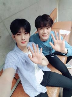ASTRO Eunwoo and Moonbin <3♡<3♢♢
