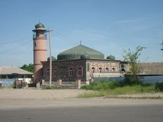 A mosque in Marneuli which is a city in southern Georgia. Marneuli is predominantly populated by Georgian Azerbaijanis (83,1%). who are mostly Muslims