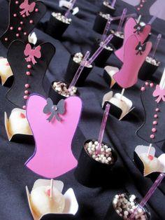 Corpete Decoração de chá de Lingerie Bachelorette Food, Victoria Secret Party, Lingerie Party, Corset, Amanda, Wedding Gifts, Bridal Shower, Pin Up, Dream Wedding