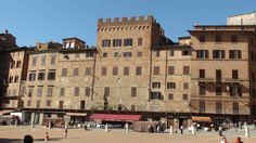 Piazza del Campo Sienna - home of the famous Palio di Sienna horse race, would love to be a part of this