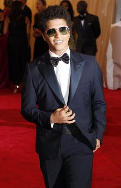 The red carpet look: Watch the bow tie market. It is fashion forward for men....    We sell sunglasses in the aviator style at an incredible pace. Why? They can be used by men and woman. They are needed for bright winter snow and summer sun. Ever sit on a pair and break them? We provide a free crush proof case with every pair.. They look great on the red carpet on singer Bruno Mars 2012-05-08T003030Z_01_NYK33_RTRIDSP_3_USA ...Jean Marie GIA AJP