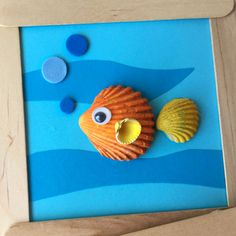 Crafts with sea shells for children Clay Crafts For Kids, Vbs Crafts, Beach Crafts, Camping Crafts, Rock Crafts, Diy Arts And Crafts, Summer Crafts, Paper Crafts, Seashell Painting
