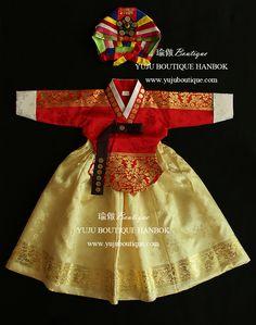 유주한복 Korean Hanbok, Korean Dress, Korean Outfits, Korean Traditional Dress, Traditional Fashion, Traditional Dresses, Korean Crafts, Ballerina Party, Dress Attire