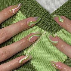 Best Acrylic Nails, Acrylic Nail Designs, Acrylic Nails Green, Green Nail Designs, Summer Acrylic Nails, Hair And Nails, My Nails, Acylic Nails, Minimalist Nails