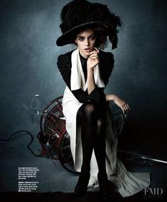 234c3cf91ed Refined Classy in Singles with Veronica Zoppolo - (ID 7115) - Fashion  Editorial
