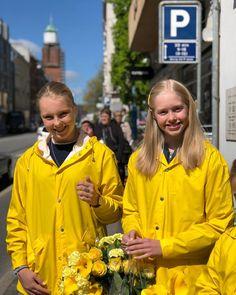 Las 921 Mejores Im 225 Genes De Yellow Raincoat Impermeable