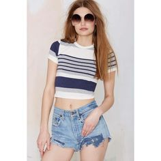 IDLE MINDS After Party Vintage Stripe Down Crop Tee (£24) ❤ liked on Polyvore featuring tops, t-shirts, navy, vintage tees, navy blue crop top, cut off t shirt, crop tee e ribbed crop top