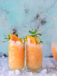 These dietitian-approved vitamin smoothie recipes are packed with nutrients to keep your mind and body healthy. Start your day with a vitamin smoothie for breakfast or try it as a well-balanced snack in between meals. Non Alcoholic Drinks, Cocktail Drinks, Cocktail Recipes, Beverages, Smoothie Drinks, Smoothie Recipes, Smoothies, Salad Recipes, Pineapple Recipes Healthy